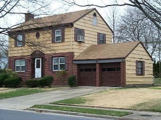 3 BR,  2.50 BTH  Colonial style home in Garden City